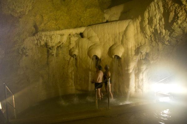 Пещерная термальная купальная - для лечения и развлечения, Мишкольцтапольца / Фото из Венгрии