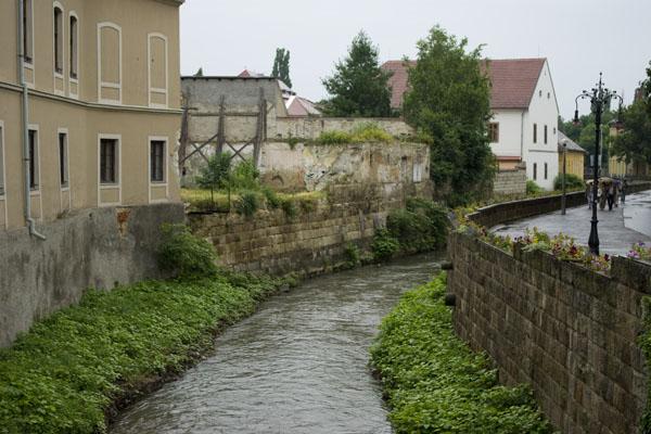 Речка Эгер в одноименном городе / Фото из Венгрии