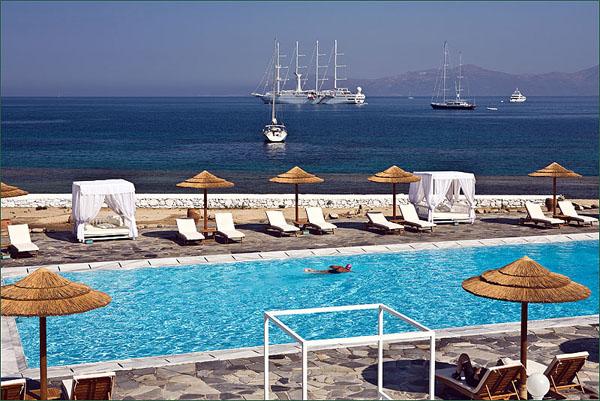Бассейны на Миконосе - только с морской водой / Фото из Греции