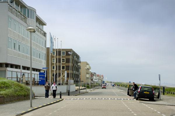 """""""Первая линия"""" в Нордвейк-ан-Зе / Фото из Нидерландов"""