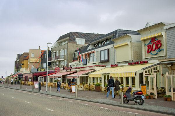 В центре Нордвейка / Фото из Нидерландов