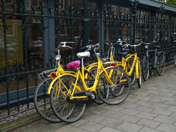 Yellow Bike - один из популярных пунктов проката в Амстердаме / Фото из Нидерландов