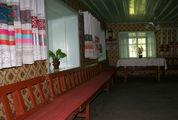 Внутри молельного дома / Грузия