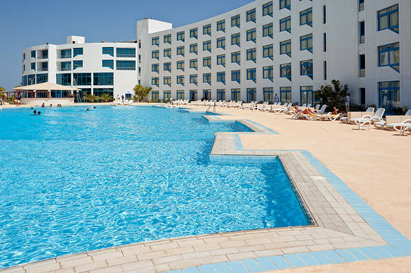 Бассейн отеля Sol Y Mar Riva Beach
