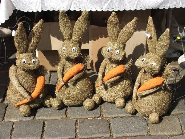 Органические пасхальные зайцы на ярмарке в Нюрнберге / Фото из Германии