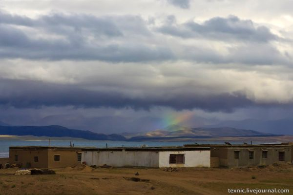 Берега озера Манасаровар на Тибете / Фото из Китая