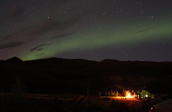 Неожиданное северное сияние  / Фото из Исландии