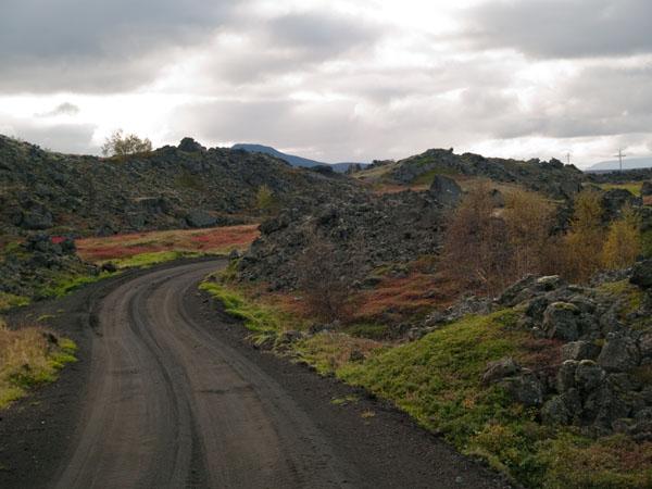 Дорога к парку Dimmuborgir  / Фото из Исландии