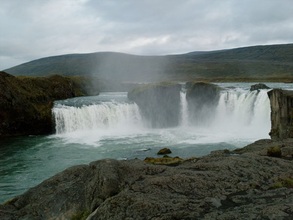 Водопад богов - Godafoss / Фото из Исландии