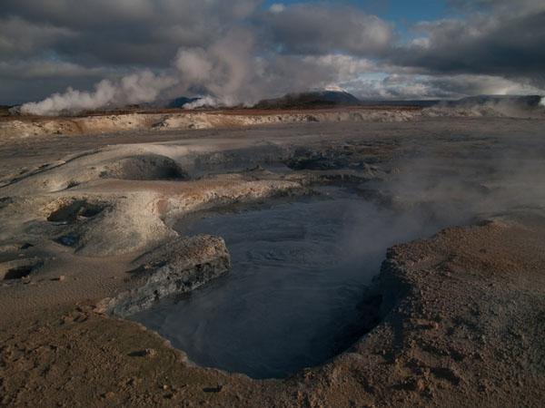 Фумаролы в Hamafjall Hverir / Фото из Исландии
