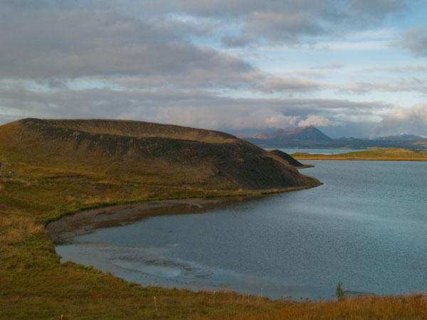 Кратер у озера Миватн, Skútustaðagígar / Фото из Исландии