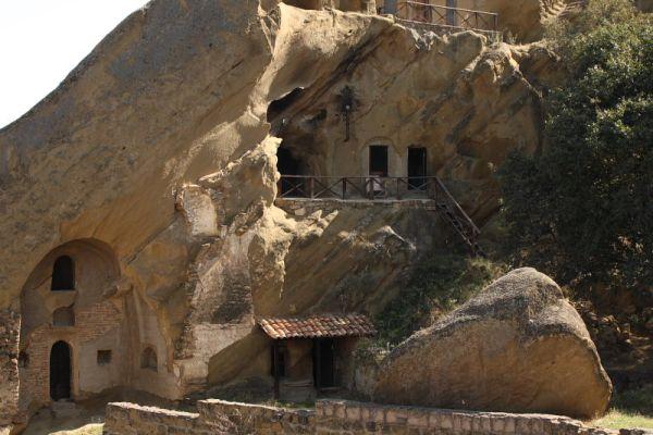Скальный монастырь в Давид Гареджи, Грузия / Фото из Грузии