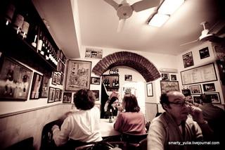 Pizzeria da Baffetto, интерьер / Италия