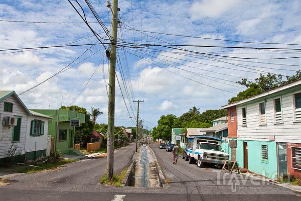 Улица города Сент-Джонс / Фото из Антигуа и Барбуды
