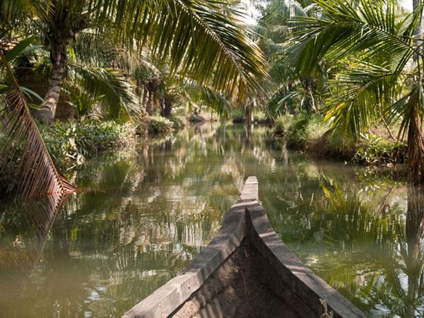 По каналам острова Munroe  / Фото из Индии