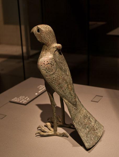 Изображение коршуна, музей арабского искусства / Фото из Индии