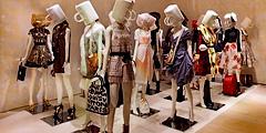 В Москве открываются две выставки, посвященные истории Louis Vuitton и Kenzo.
