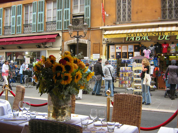 Улица в Ницце / Фото из Монако