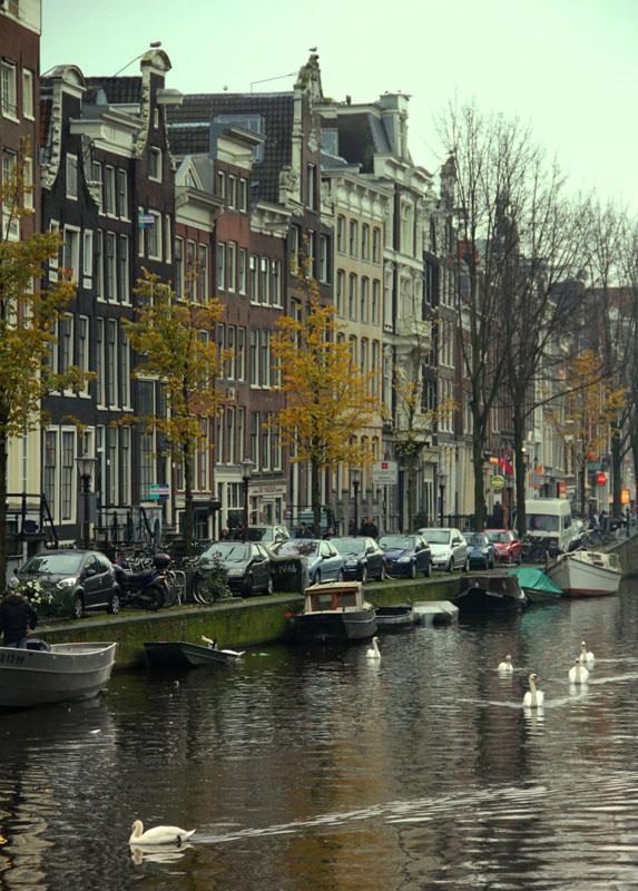Канал в Амстердаме / Фото из Нидерландов