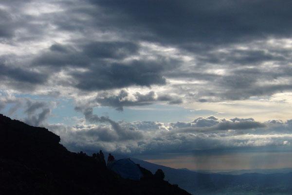 Склон вулкана Ньирагонго / Фото из Конго (бывш. Заир)