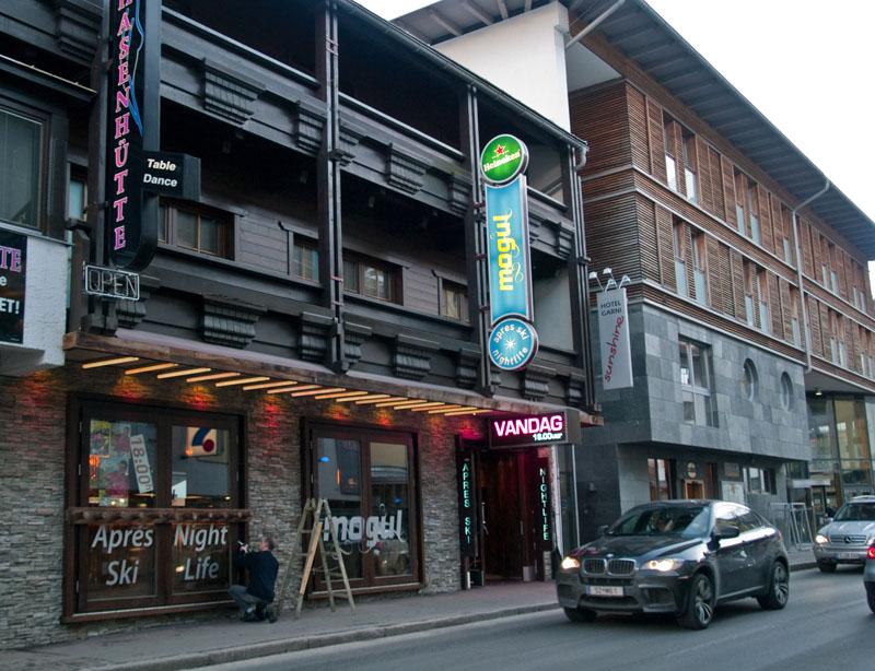 Один из ночных клубов Зёльдена / Фото из Австрии