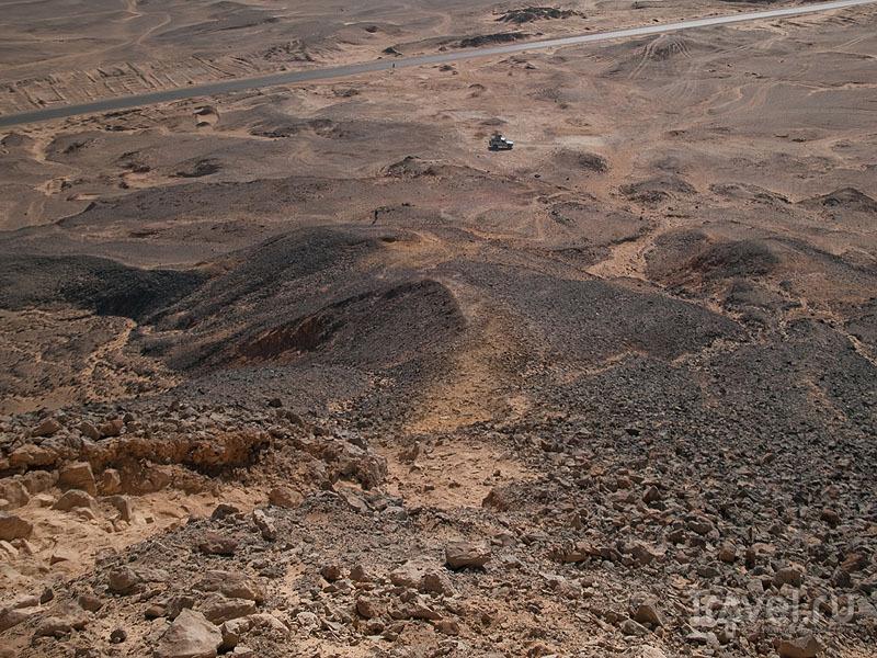 Вид на Черную пустыню / Фото из Египта