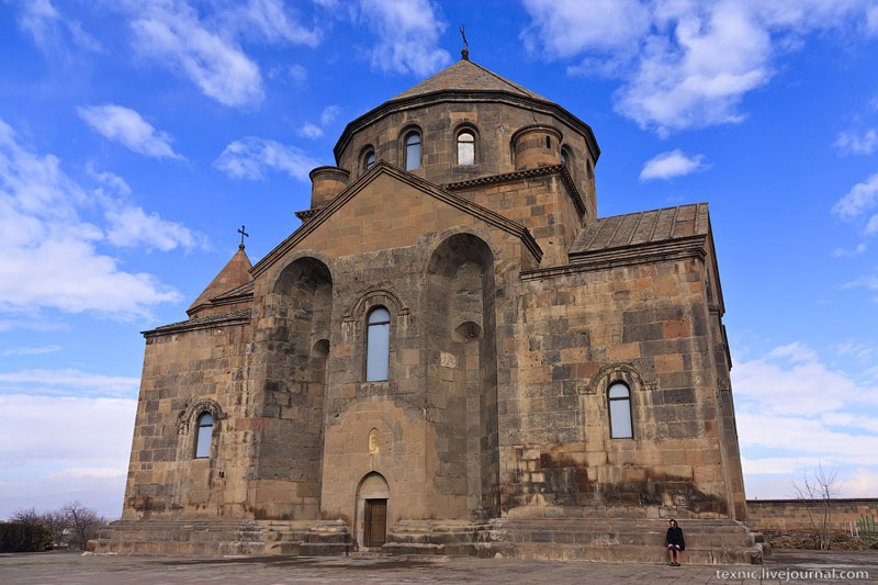 Церковь в Вагаршапате / Фото из Армении