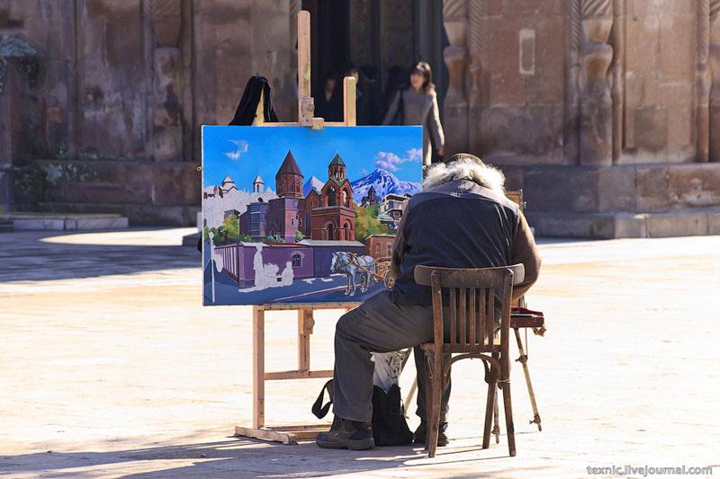 Художник в Вагаршапате / Фото из Армении
