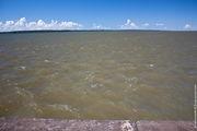 Мутные воды водохранилища / Бразилия
