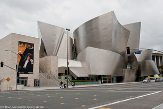 Walt Disney Concert Hall / США