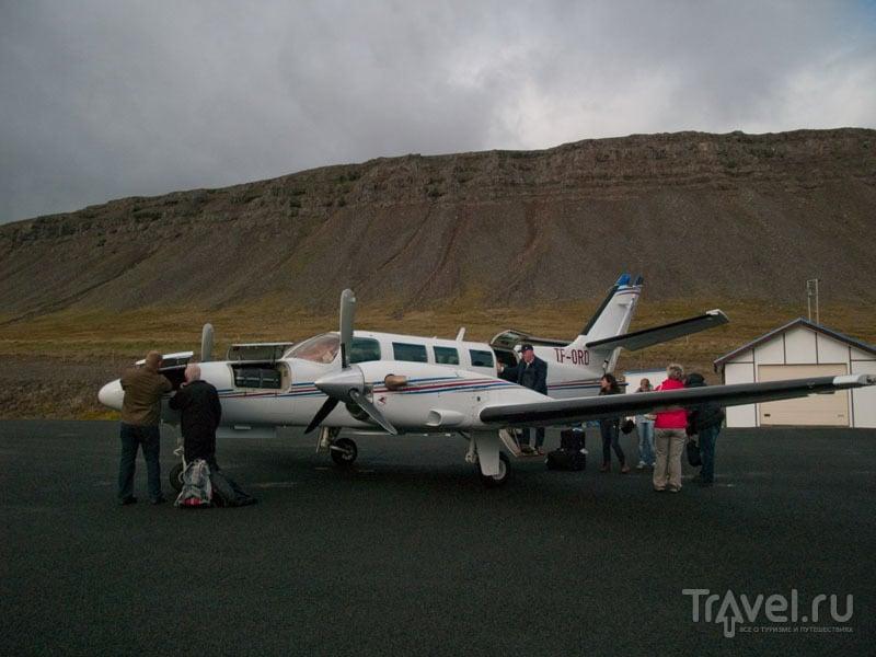 Самолет Eagle Air в аэропорту Bildudalur  / Фото из Исландии