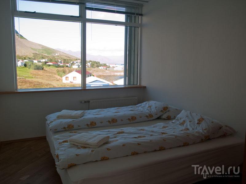 Номер гестхауса в Бильдудалуре - с потрясающим видом и интернетом / Фото из Исландии