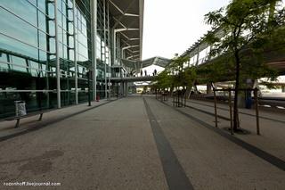 Единственный двунациональный аэропорт / Франция
