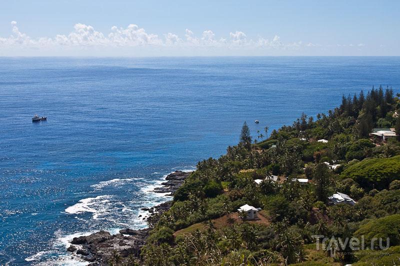 Адамстаун - единственое поселение на острове Питкэрн / Фото с Питкэрна
