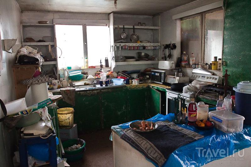 Кухня в жилом доме на Питкэрне / Фото с Питкэрна