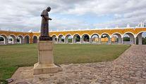 Статуя Иоанна Павла Второго / Мексика