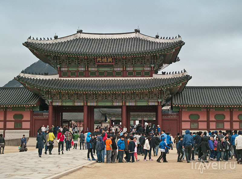 Ворота Heungnyemun во дворце Кёнбоккун / Фото из Южной Кореи