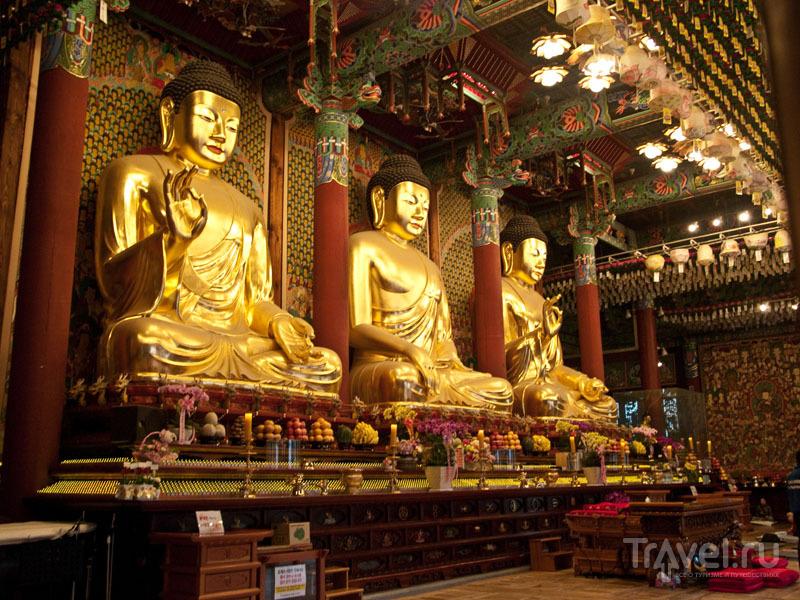 Внутри храма Чогеса  / Фото из Южной Кореи