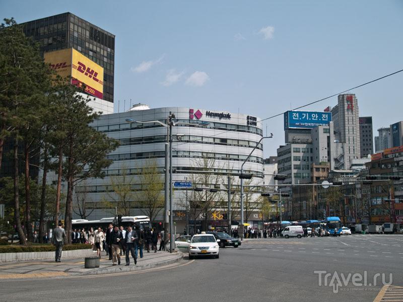 Офисное здание в Сеуле / Фото из Южной Кореи