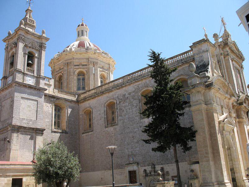 Рабат, типичная мальтийская храмовая архитектура / Фото с Мальты