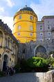 едко-желтая башня / Португалия