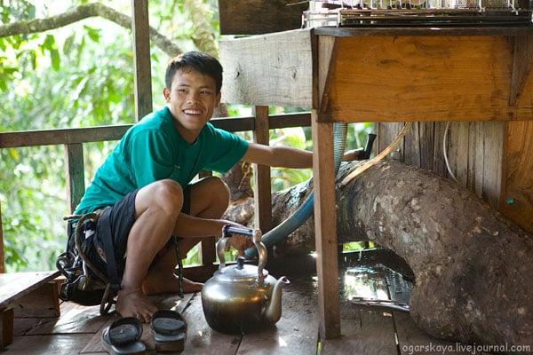 Кухня в доме на дереве, Лаос / Фото из Лаоса