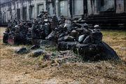 склад запчастей / Камбоджа