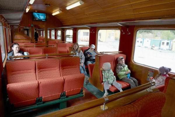 Интерьер вагона Фломской железной дороги / Фото из Норвегии