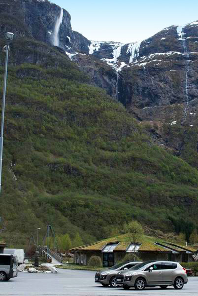У пристани Гудвангена / Фото из Норвегии
