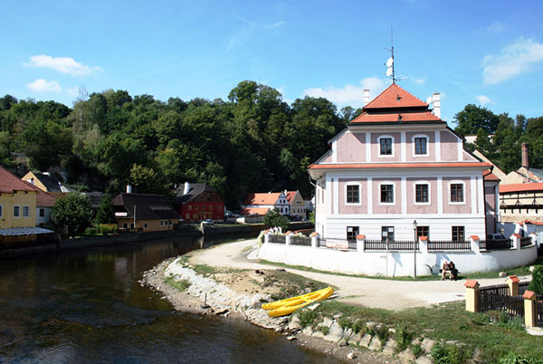 Река Влтава в городе Чески-Крумлов / Фото из Чехии