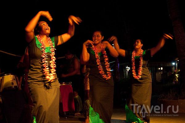 Танцовщицы на Самоа / Фото с Западного Самоа