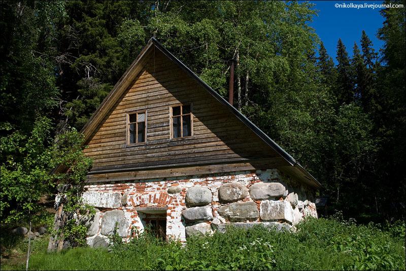 Дом на Секирной горе / Фото из России