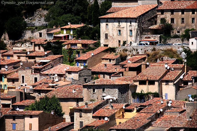 Крыши домов в Провансе / Фото из Франции