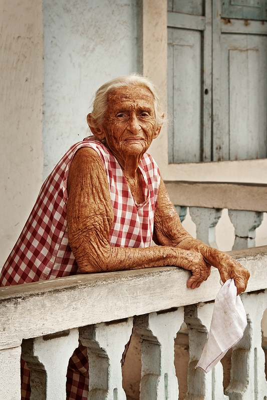 Пожилая женщина из Баракоа / Фото с Кубы